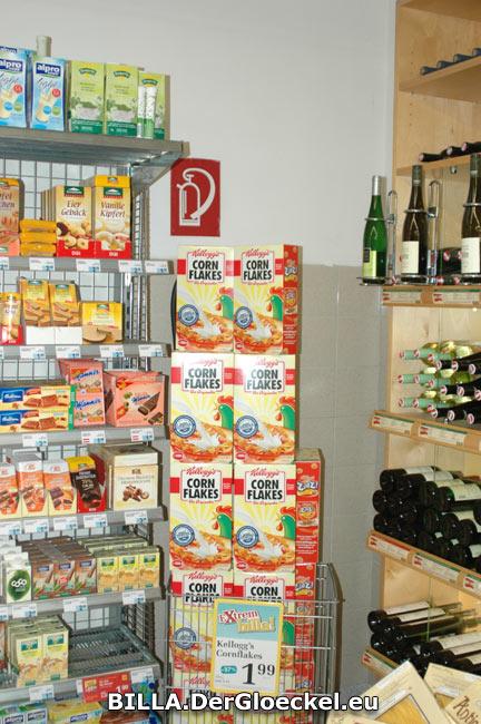 Auch die Bestimmungen des Brandschutzes werden bei der BILLA AG sehr ernst genommen - wenn da nur nicht die viele Ware zum Verkauf wäre ...